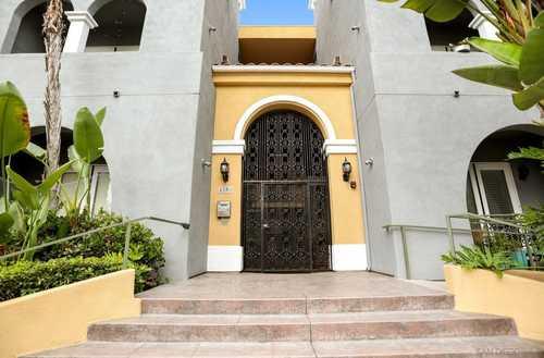$632,900 - 2Br/2Ba -  for Sale in Mission Hills/hillcrest, San Diego