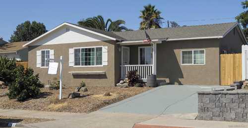 $680,000 - 4Br/2Ba -  for Sale in Fletcher Hills, El Cajon
