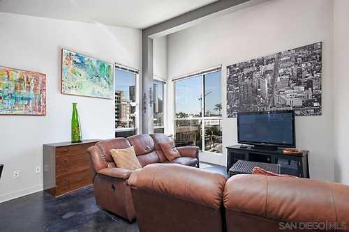 $469,000 - 1Br/1Ba -  for Sale in Gaslamp, San Diego