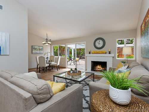 $999,500 - 3Br/2Ba -  for Sale in Santa Fe Glens, Carlsbad