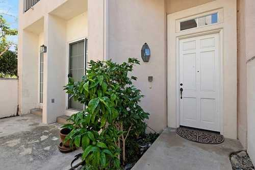 $859,888 - 2Br/3Ba -  for Sale in Renaissance La Jolla, San Diego