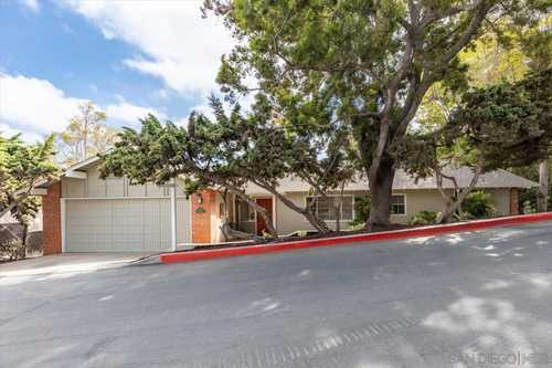 $2,195,000 - 4Br/3Ba -  for Sale in Mission Hills, San Diego