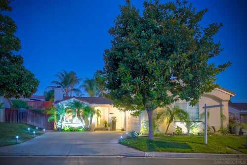 $595,000 - 2Br/2Ba -  for Sale in Verona Hills, Vista