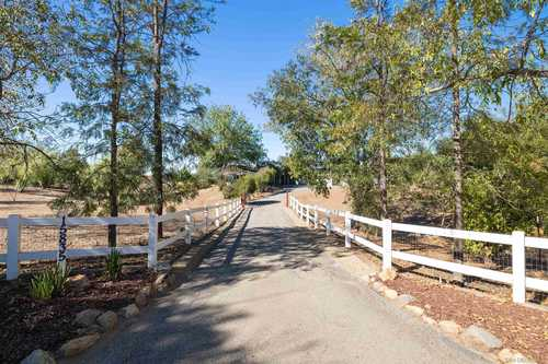 $865,000 - 4Br/3Ba -  for Sale in Valley Center, Valley Center