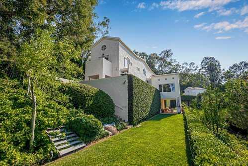 $5,995,000 - 4Br/5Ba -  for Sale in Muirlands, La Jolla