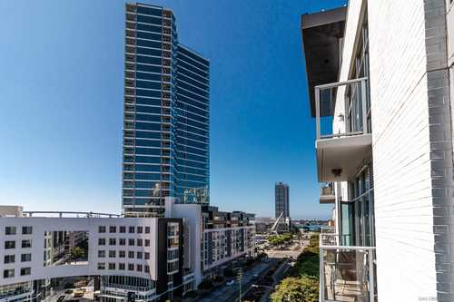 $499,999 - 1Br/1Ba -  for Sale in East Village, San Diego
