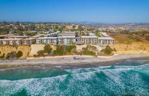 $1,445,000 - 3Br/3Ba -  for Sale in Del Mar Beach Club, Solana Beach