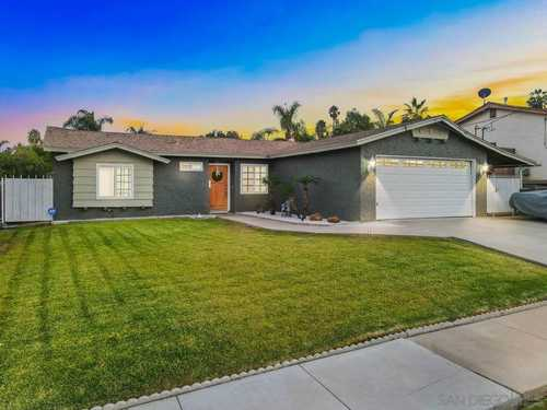 $650,000 - 3Br/2Ba -  for Sale in Lomita Neighborhood, Spring Valley