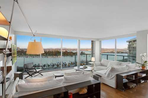 $3,700,000 - 3Br/3Ba -  for Sale in Coronado, Coronado