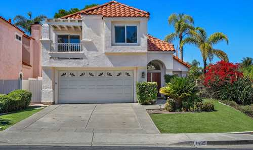$939,900 - 3Br/3Ba -  for Sale in Shadowridge, Vista
