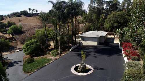 $620,000 - 2Br/2Ba -  for Sale in Vista, Vista