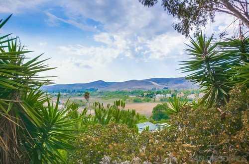 $599,000 - 4Br/2Ba -  for Sale in Mesa Margarita, Oceanside