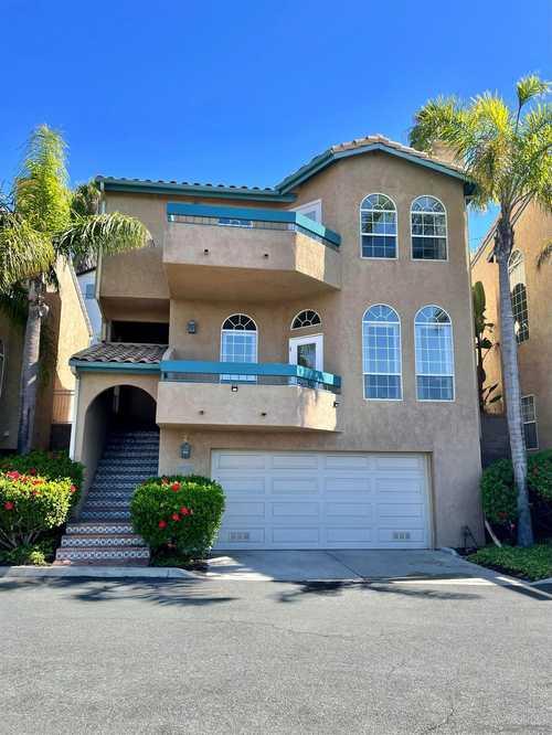 $1,275,000 - 3Br/3Ba -  for Sale in Soledad Westview, San Diego