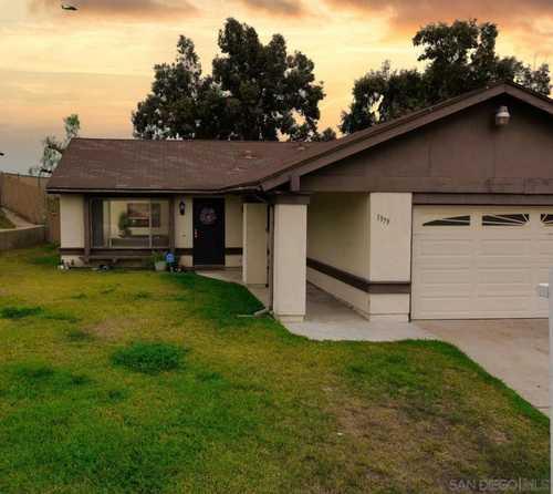 $649,000 - 4Br/2Ba -  for Sale in Alta Vista, San Diego