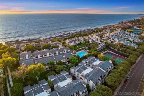 $1,379,000 - 2Br/3Ba -  for Sale in Seascape Sur, Solana Beach