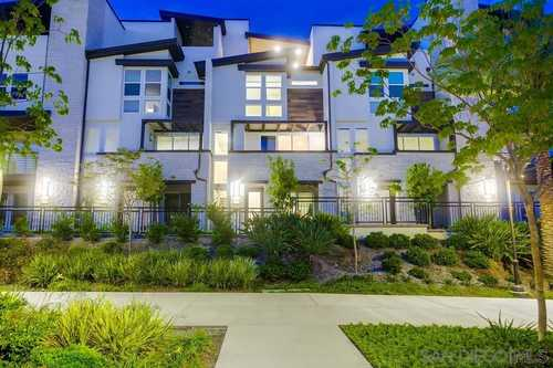 $1,475,000 - 3Br/4Ba -  for Sale in Civita, San Diego
