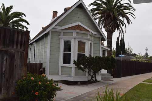 $1,075,000 - 2Br/1Ba -  for Sale in Coronado, Coronado