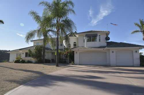 $960,000 - 3Br/3Ba -  for Sale in Valley Center, Valley Center