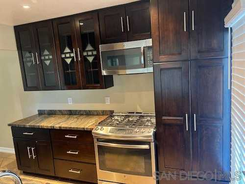 $619,000 - 2Br/2Ba -  for Sale in Rancho Penasquitos, San Diego