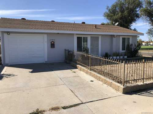 $699,900 - 4Br/3Ba -  for Sale in Mira Mesa, San Diego