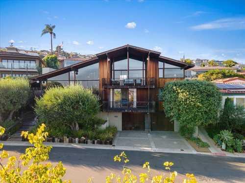 $2,300,000 - 4Br/3Ba -  for Sale in La Playa, San Diego