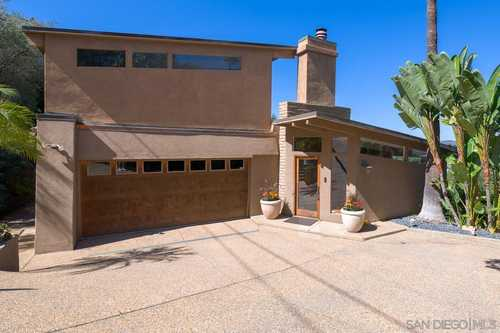 $1,150,000 - 4Br/3Ba -  for Sale in Mount Helix, La Mesa