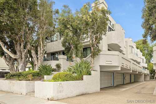 $830,000 - 2Br/3Ba -  for Sale in North Pacific Beach, San Diego