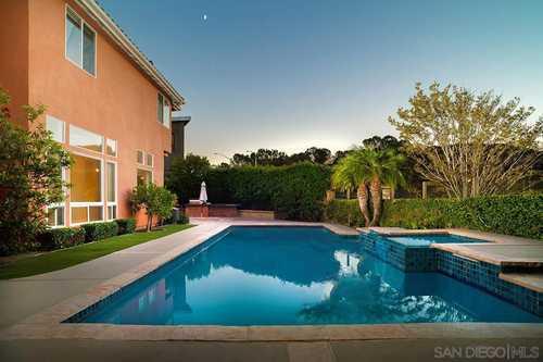 $2,100,000 - 5Br/4Ba -  for Sale in Venezia Del Mar, San Diego