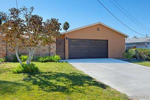 $639,900 - 3Br/2Ba -  for Sale in Shadowhill Terrace, Santee