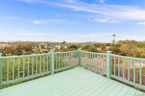 $725,000 - 3Br/3Ba -  for Sale in Fallbrook, Fallbrook