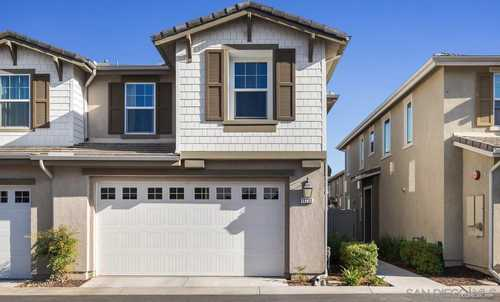 $615,000 - 3Br/3Ba -  for Sale in Lakeside, Lakeside