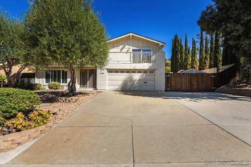 $819,900 - 4Br/3Ba -  for Sale in Fletcher Hills, El Cajon