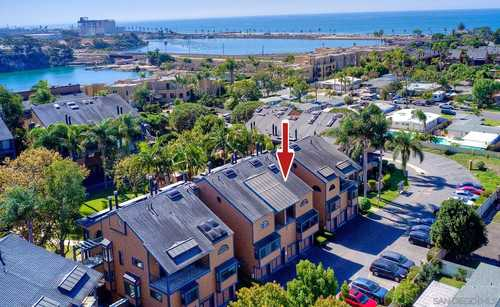$759,000 - 2Br/2Ba -  for Sale in Windsong Cove, Carlsbad