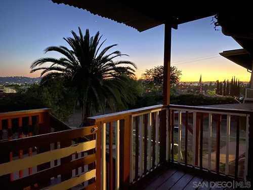 $748,000 - 3Br/3Ba -  for Sale in Rancho El Cajon, El Cajon