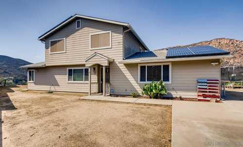 $725,000 - 3Br/2Ba -  for Sale in Harbison Canyon, El Cajon