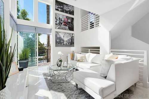 $850,000 - 2Br/3Ba -  for Sale in Civita, San Diego