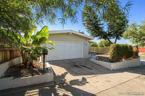 $599,900 - 3Br/2Ba -  for Sale in San Diego, San Diego