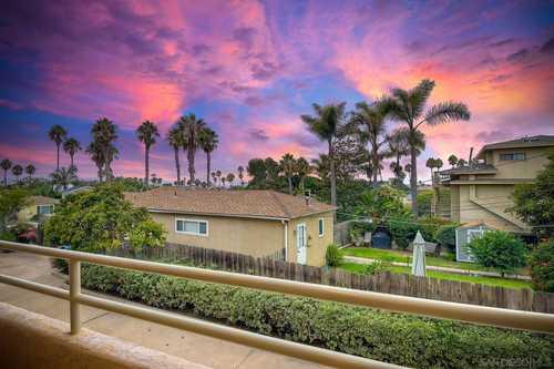 $975,000 - 3Br/3Ba -  for Sale in Ocean Beach, San Diego