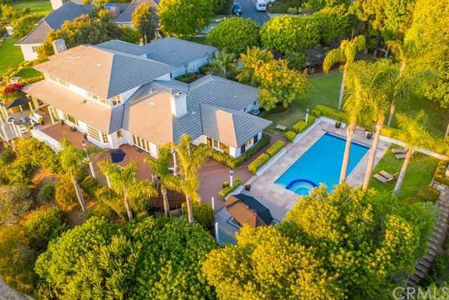 $5,490,000 - 5Br/5Ba -  for Sale in La Jolla