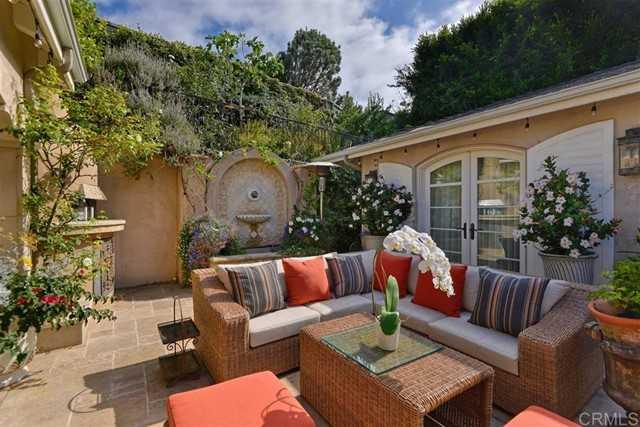 $2,995,000 - 3Br/3Ba -  for Sale in Country Club, La Jolla