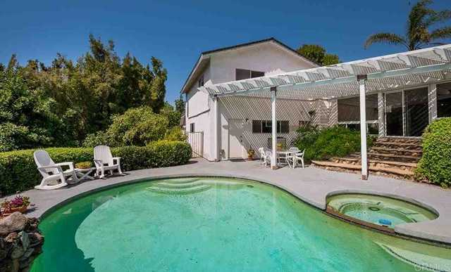 $749,900 - 3Br/2Ba -  for Sale in La Mesa