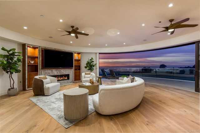 $4,300,000 - 6Br/8Ba -  for Sale in La Jolla Heights, La Jolla