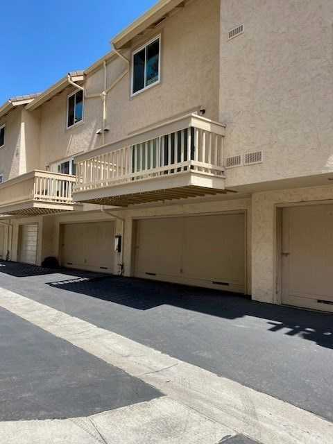 $645,000 - 2Br/3Ba -  for Sale in La Jolla