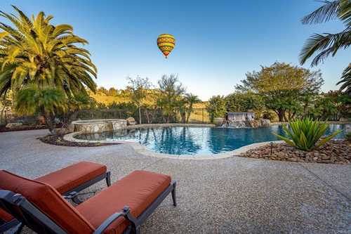 $5,750,000 - 5Br/7Ba -  for Sale in Rancho Pacifica, San Diego