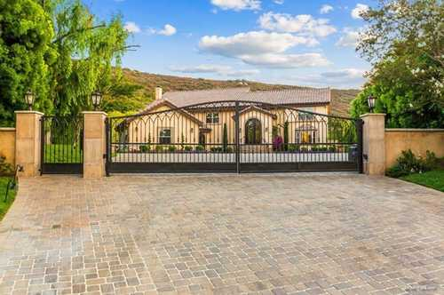 $3,000,000 - 6Br/8Ba -  for Sale in El Cajon