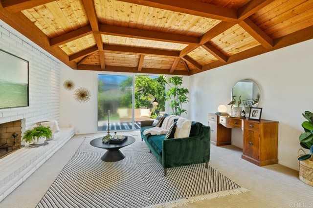 $2,650,000 - 4Br/3Ba -  for Sale in Solana Beach