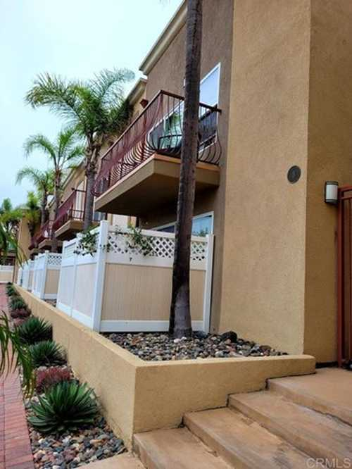 $450,000 - 1Br/1Ba -  for Sale in Crown Point, San Diego