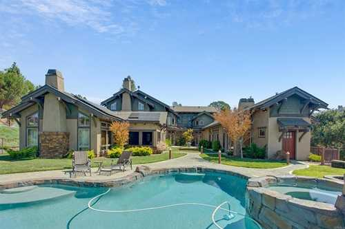 $2,750,000 - 4Br/5Ba -  for Sale in Lake Hodges, Escondido