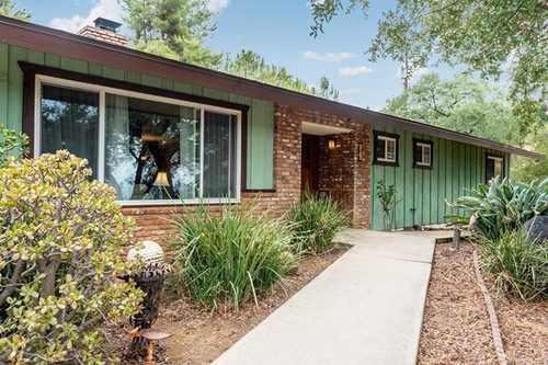 $950,000 - 5Br/3Ba -  for Sale in Alpine