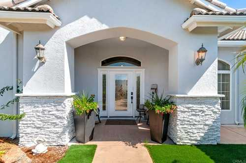$1,850,000 - 4Br/4Ba -  for Sale in Lakeside